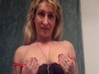 Liya live strip sex chat Gratis Video