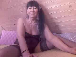 HotKarry dd titten Gratis Video