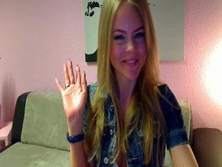 PamelaDeluxe webcam Gratis Video