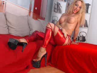 girl shows  - Video 1 von WildJenna