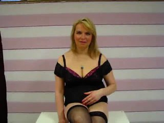 sex chats live - Video 1 von ReifeMira