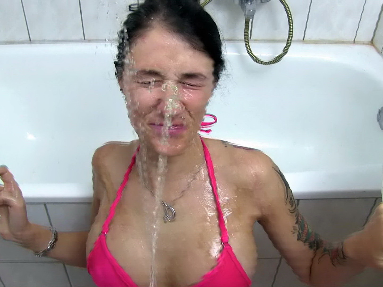 milk videos  XVIDEOSCOM