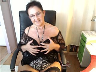 Video 3 von HotCurvyTina