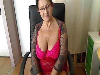 Video 2 von HotCurvyTina