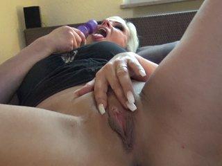 VivianSchmitt Prono Sex Video - Mit Riesendildo