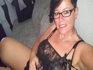 Huren Live-Cam-Sex und Pornos MollySun